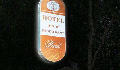 park_hotel_fényreklám